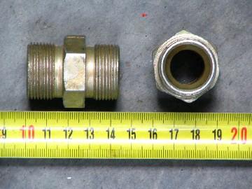 Стремянка рессоры задней М24х1_5х350 с гайкой и гров.(8т) (ДК)