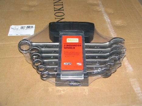 Аккумулятор залитый 680А ZUBR ULTRA (R+)