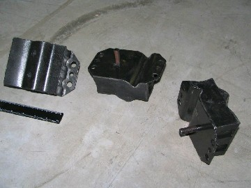Подушка опоры двигателя, передней